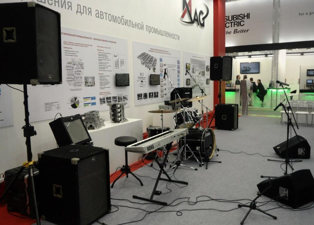 Комплект звукового оборудования для концертной площадки